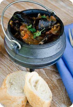sensational, spicy seafood potjie
