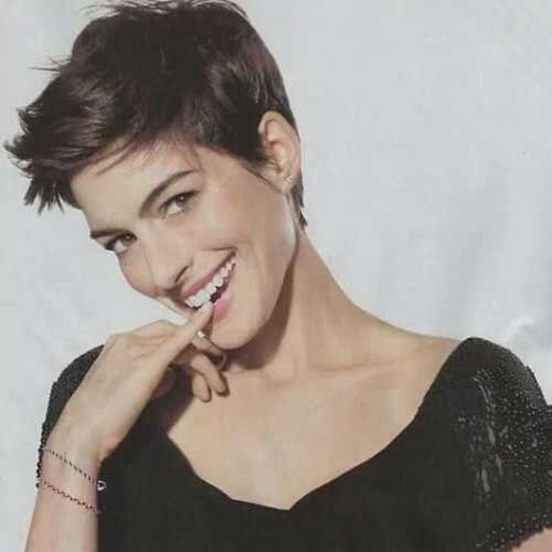 15.Messy Pixie Hairstyles