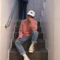 Erin Hutchison-Kreiter: Street style 90s mens daily wear fashion. ready to wear distressed jeans cuffed at the bottom. vans and hats were popular accessories.