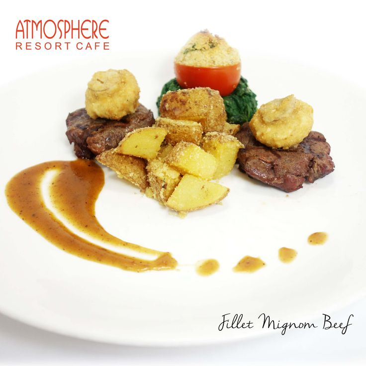 Grilled tenderloin served with cube roasted potato, creamy spinach &  fried mushroom, in a rich gravy sauce