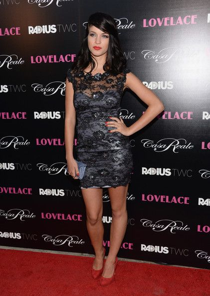 Alexis Knapp Photos Photos - Actress Alexis Knapp attends the premiere Of RADiUS-TWC's 'Lovelace' at the Egyptian Theatre on August 5, 2013 in Hollywood, California. - 'Lovelace' Premieres in Hollywood — Part 3