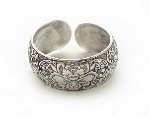 china-tribal-miao-silver-jewelry-bracelet