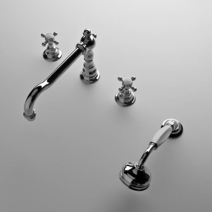 Minna Kitchen Faucet