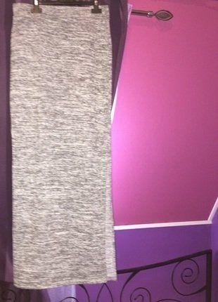 À vendre sur #vintedfrance ! http://www.vinted.fr/mode-femmes/jupes-moulantes/31256204-jolie-jupe-longue-moulante-ouverte-sur-le-cote-en-gris