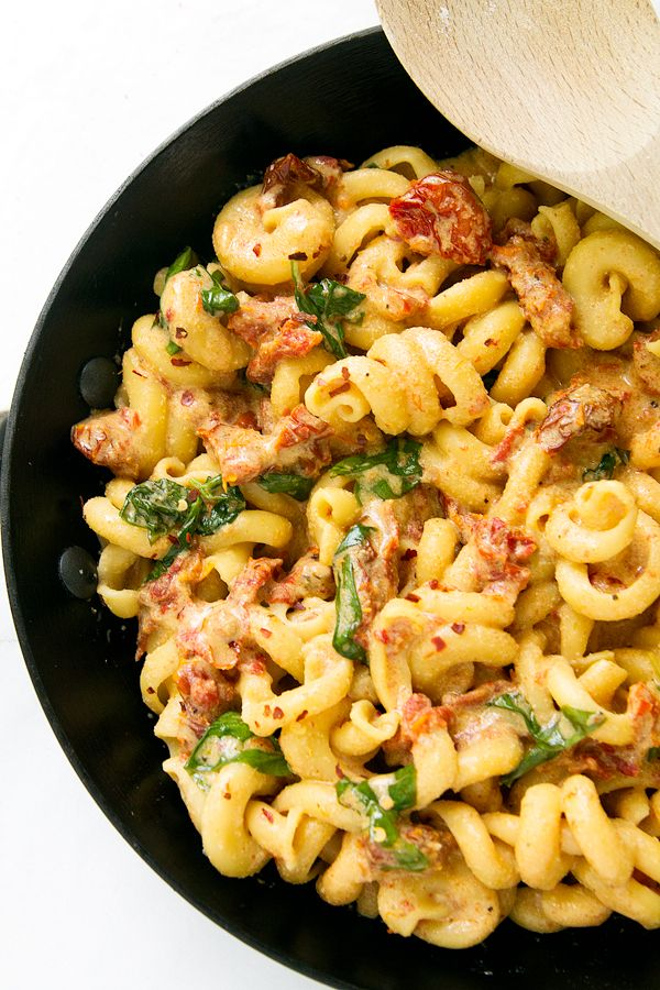 Creamy Sun Dried Tomato & Basil Pasta is dairy free! See how easy it is to have a delicious dinner on the table in less than 30 minutes!