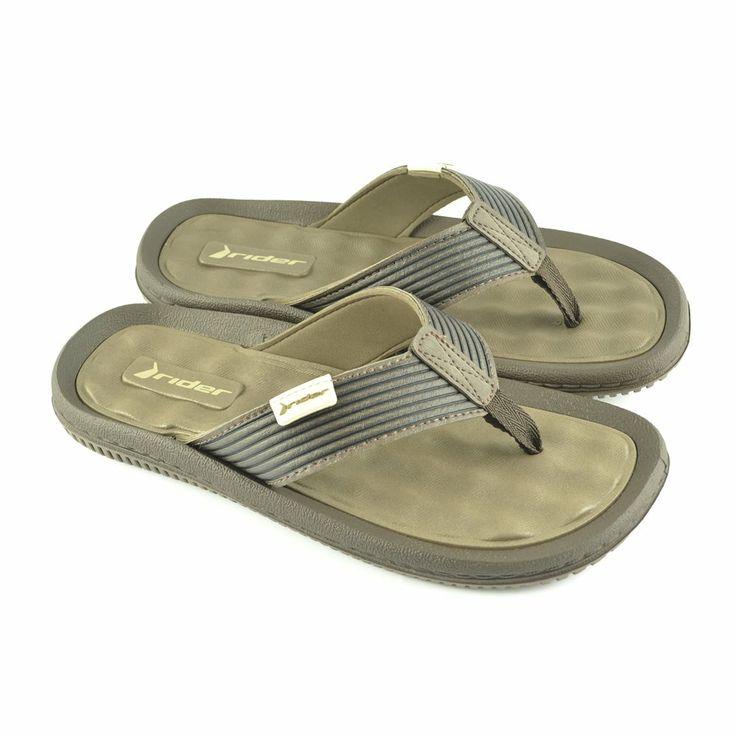 Chanclas-playeras de goma súper flexible, con plantillas anatómicas y de corte de entrededo de la marca RIDER.
