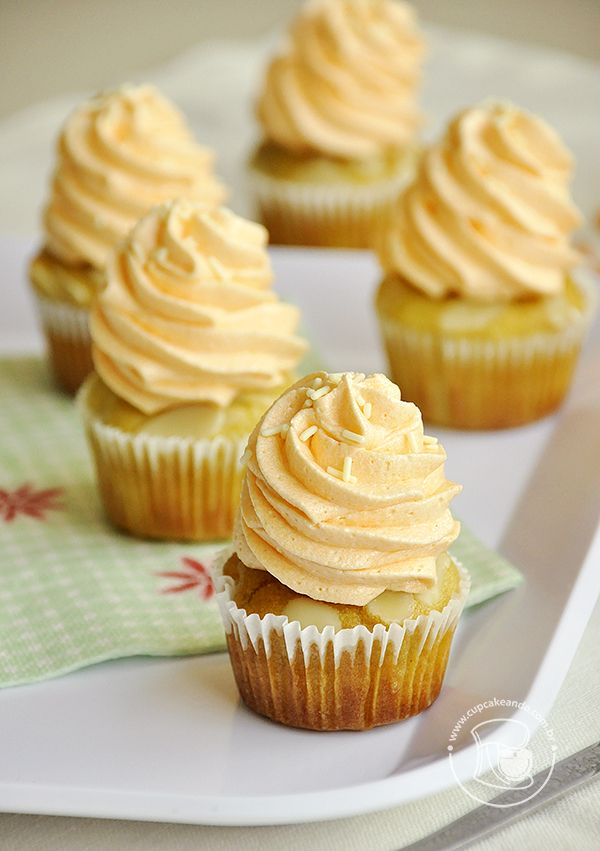 Mini cupcakes de laranja, amêndoas e azeite | Cupcakeando