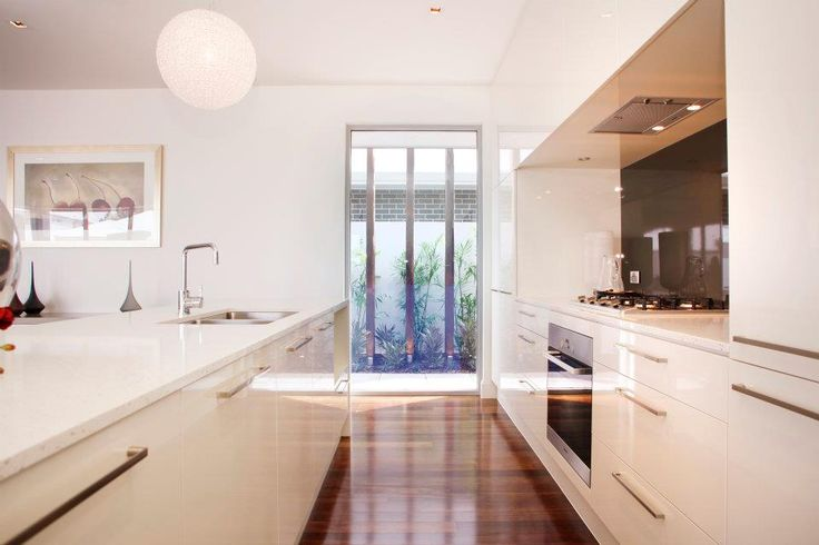 A feature window lets in light and creates interest... (From our Elemente display home at St Clair, Woodville)
