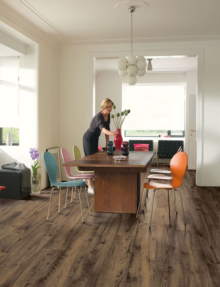 Quick-Step Eligna Wide 'Reclaimed chestnut brown' (UW1544) Laminate flooring - www.quick-step.com