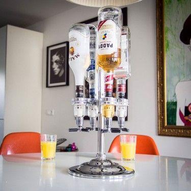 Con il distributore di bevande potrai montare un piccolo e carino angolo bar che piacerà a tutti perché conterrà le tue 4 bottiglie da 1 lt preferite.