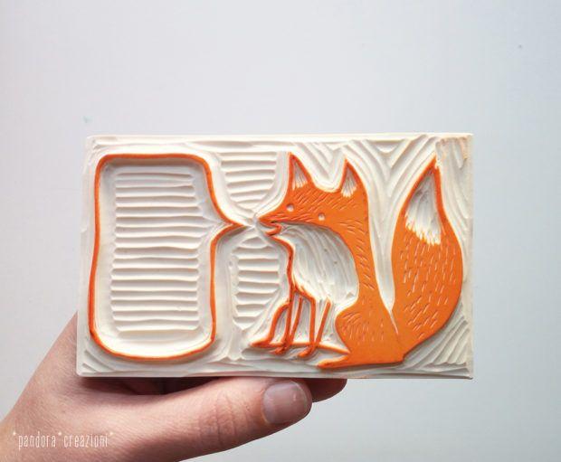 handcarved fox rubber stamp with word balloon > pandora creazioni