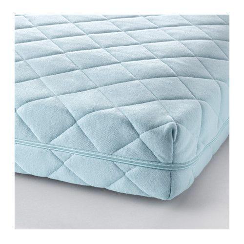 IKEA - VYSSA VINKA, Matelas pour lit bébé, , Les ressorts Bonell procurent un grand confort et permettent une très bonne circulation de l'air à l'intérieur du matelas.Un matelas résistant qui peut être utilisé à long terme.Mousse de protection et tapis feutre pour plus de résistance et de confort.Revêtement amovible et lavable procurant un environnement de sommeil hygiénique pour bébé.Matelas double face ; procure une plus grande durabilité.