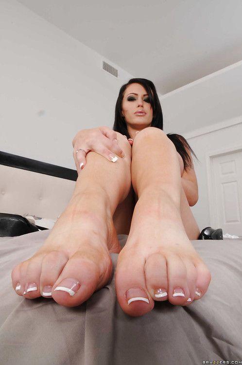 milfs in high heels scenes