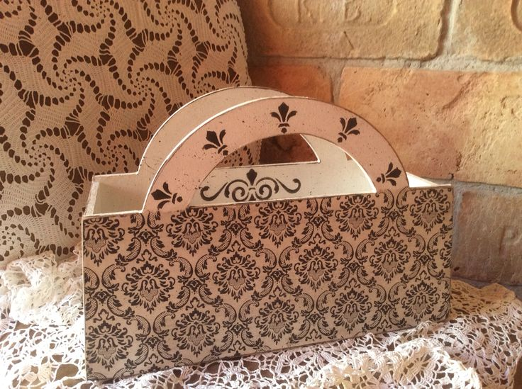 Tarolo doboz