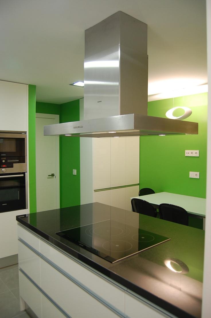 Cocina Verde Con Negro