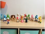 Figurer, Nitendo, Supermario Nitendo   Figur fra super Mario Bross og donkey kong Ca. 30cm høje   1 x donkey kong abe 1 x hvid luigi 1 x hvid Mario 1 x alm luigi 1 x svamp - SOLGT 1 x prinsesse 1 x lille Mario  7 x dino i forskellige farver   Alt i takt. Fra røg og dyr frit hjem.   Pris pr stk.