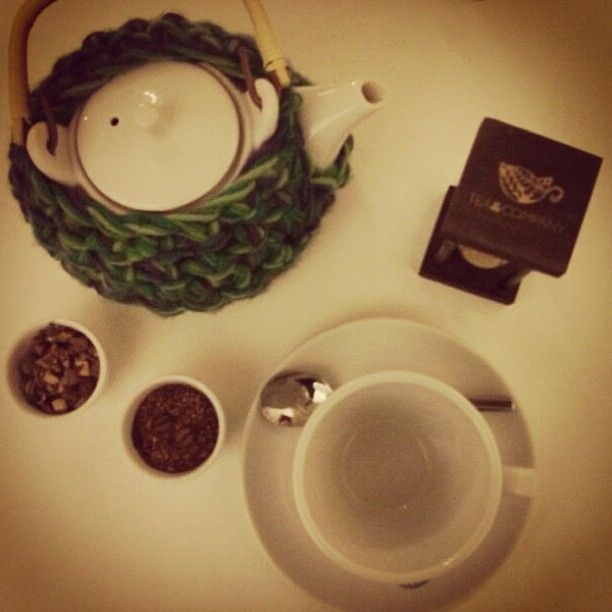 A quiet Saturday night at Tea & Company in Chacras de Coria, Mendoza.