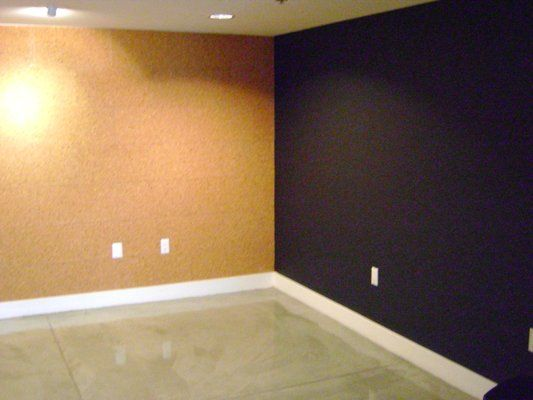 "Corkboard wall and magnetic blackboard wall! This would be awesome in our ""classroom"" for homeschool!"