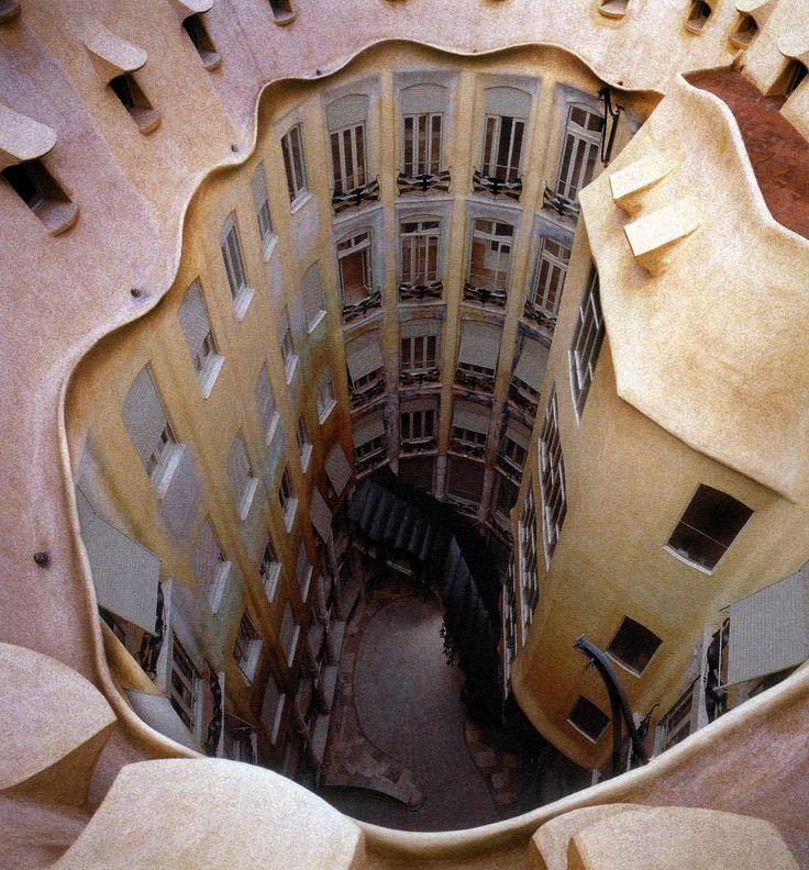La maison Autrique par Gaudi, Barcelone