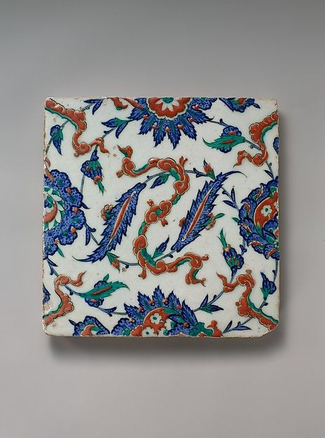 Tile with Floral and Cloud-band Design, ca. 1578. Turkey. The Metropolitan Museum of Art, New York. Gift of William B. Osgood Field, 1902 (02.5.91).