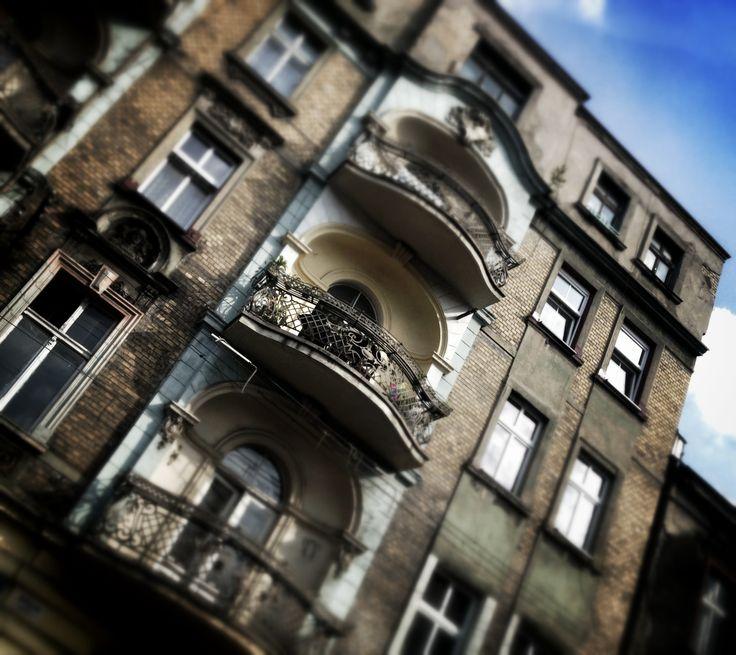 piękne neobarokowe loggie balkonowe | kamienica z 1900 r. | ul. Jagiellońska 3 | Bytom |