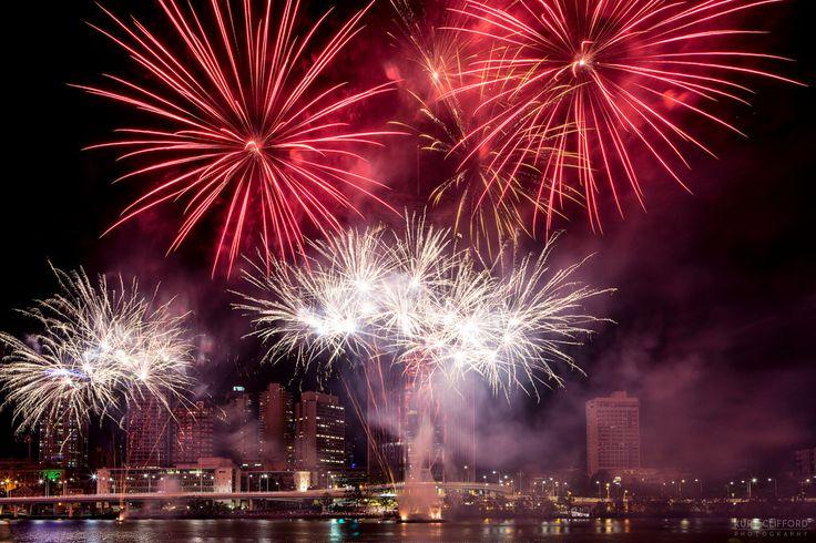 0582 Brisbane, Brisbane City, New Years, New Years Eve, NYE Fireworks, Southbank, Southbank Parklands 20161231