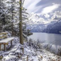 Schweizer Bankgeheimnis: Am Urner See by curnen
