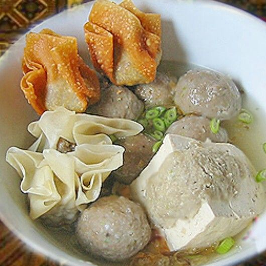 INDONESIAN FOOD : Bakwan Malang