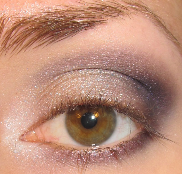 Glitter is my crack...: Tuape, Silver, Lilac and Gray Eye Makeup Look + Tutorial