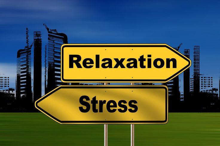 Stressz vagy nyugalom? Te döntesz... Hogy hogyan? Itt találsz egy-két tippet: http://www.fitotitok.hu/stressz/3250 Nagyon szép, mosolygós hétvégét kívánok! Jó pihenést! Eszter Természetgyógyász, gyógynövény-szakértő, Bach-virágterapeuta