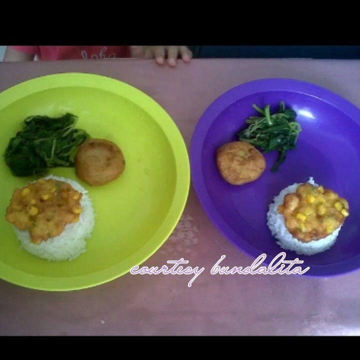 Makan siang anak