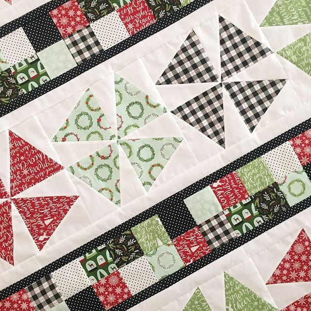 A peek at a quilt top I just finished- it's all ready for some quilting and then I'll be sharing more next Monday! This #comfortandjoyfabric line from @rileyblakedesigns has me all . I think I need a tree skirt now too! . . #comfortandjoy #iloverileyblake #christmasquilt #rileyblakedesigns #rileyblake #comfortandjoyfabric