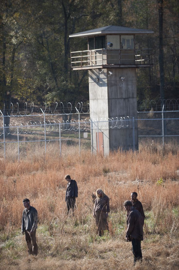 "The Walking Dead - 3/16 - ""Welcome To The Tombs"""