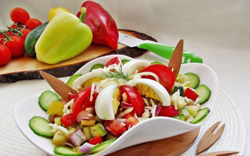 Retete Culinare - Salata bulgareasca