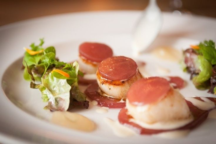 Seared Scallops with Pear and Vanilla recipe by professional chef Mark Dodson