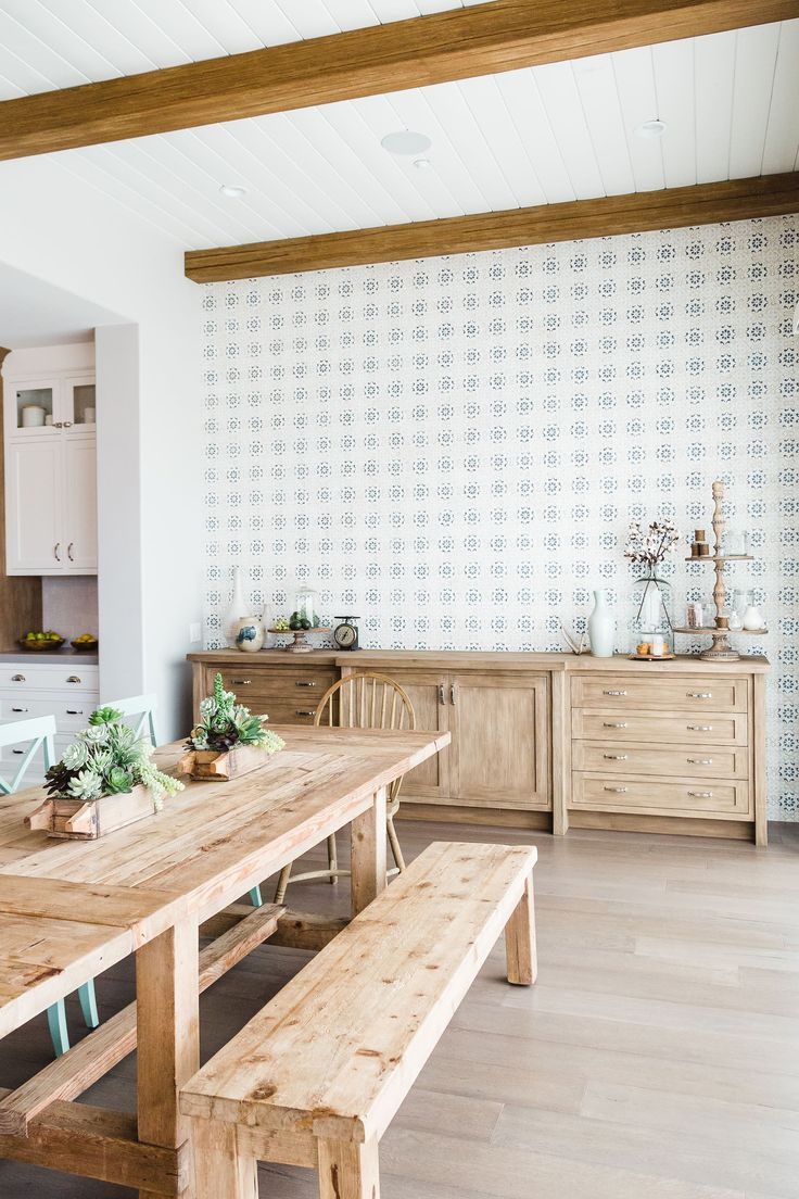 pretty farmhouse style touches