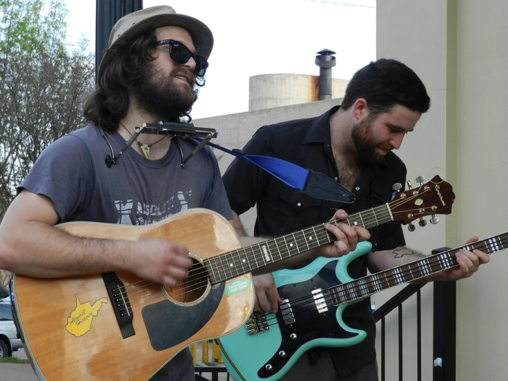 Live music at ArtWalk in Downtown Tyler