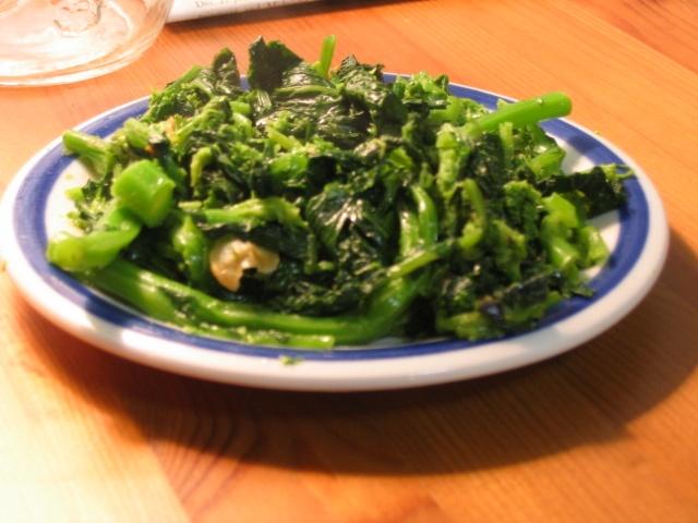 garlicky broccoli rabe | Foodie Files | Pinterest