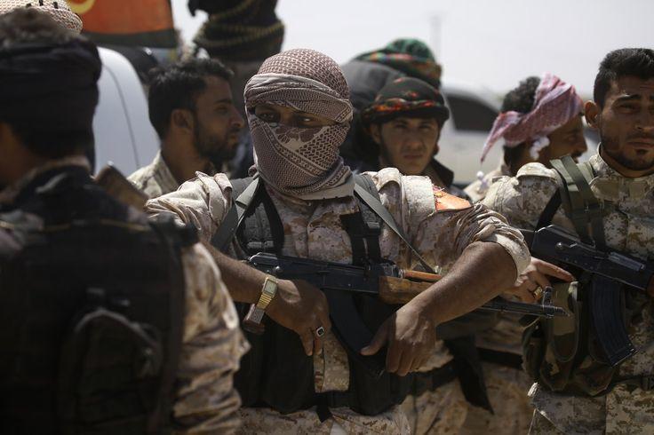 """Après la bataille de Mossoul débutée en octobre dernier, un nouveau bastion de l'Etat islamique est attaqué. Les Forces démocratiques syriennes (FDS), formées essentiellement des combattants kurdes des YPG (milice d'auto-défense) et appuyés par des tribus arabes sunnites ont attaqué ce mardi 6 les faubourgs de la ville de Raqqa en Syrie, """"capitale"""" autoproclamée du califat de l'EI."""