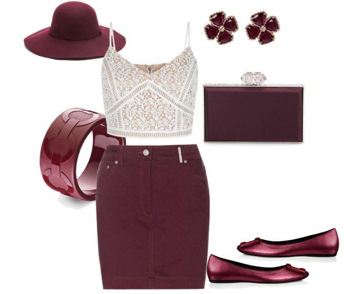 Бордовая юбка-карандаш, белый кроп-топ, балетки, сумочка, серьги, браслет, шляпа