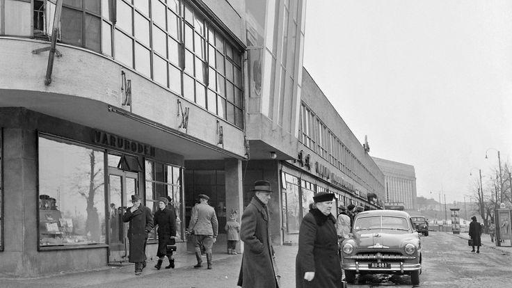 lasipalatsi-helsingin-kampissa-vuonna-1953.jpg (1024×576)