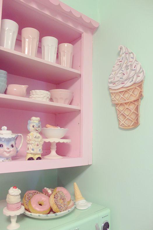 Decor: Você Conhece O Estilo Kitsch. Pastel Kitchen DecorPink ...