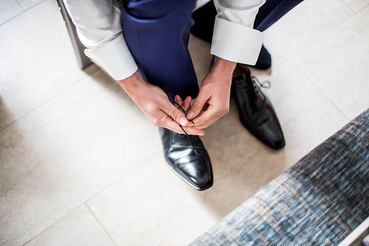 Trouwschoenen bruidegom, Bruidsfotografie, Bruidsfotograaf   Dario Endara
