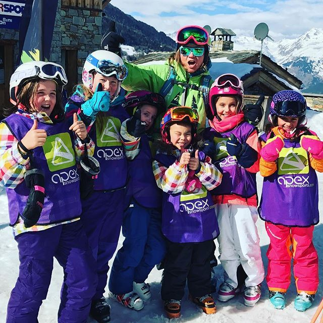 A huge well done to everyone in all of the #childrens group #lessons this week! Some great improvements made by all! You guys definitely made it a great week of #skiing ! #snowlife #skilessons
