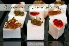I bocconcini di primo sale sono degli sfiziosi aperitivi a base di formaggio e salse di vario tipo.