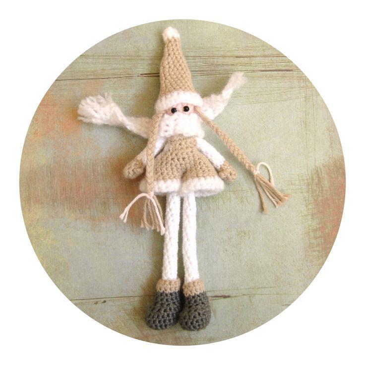 kabouter haken Het heeft even geduurd maar Inger de winterkabouter heeft een zusje gekregen. Ze draagt een tuinbroekje en is in dezelfd...
