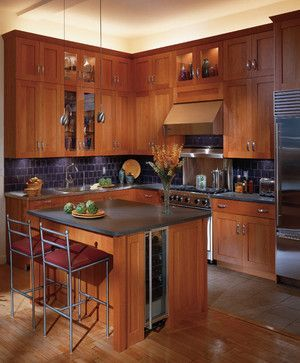 25+ Best Cherry Kitchen Cabinets Ideas on Internet  I think it would be great if i build this cherry kitchen combined with japanese house :D  #Kitchen #KitchenIdeas #Cherry #Color #Cabinet #KitchenCabinet #KitchenColor #KitchenIsland