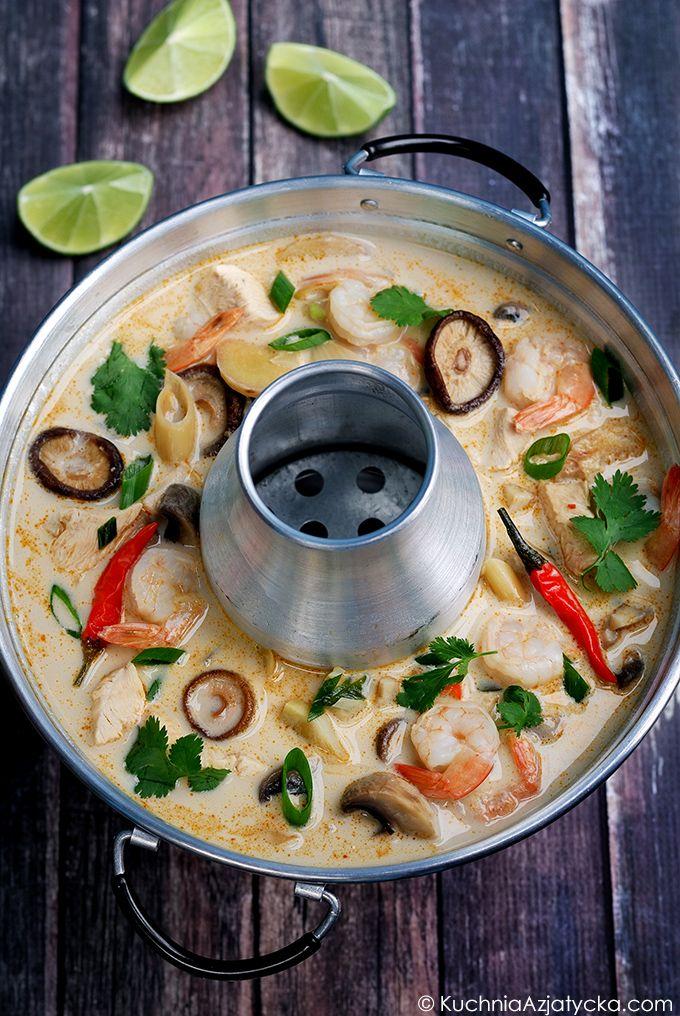 Tom Kha Gai - zupa kokosowa z kurczakiem
