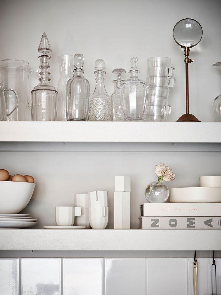 Small home with grey walls / via cocolapinedesign.com