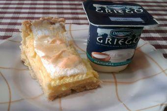 Cómo hacer un pie de limón con relleno de yogur Griego